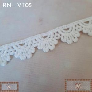 RN - VT05 - RENDA MINI BABADO (L: 1,3CM) - 1MT