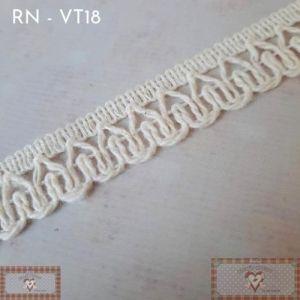 RN - VT18 - RENDA DECORADA MINI CRU (L: 1,5CM) - 1MT