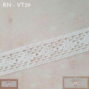 RN - VT39 - RENDA FINA BRANCA (L:2,5CM) - 1MT