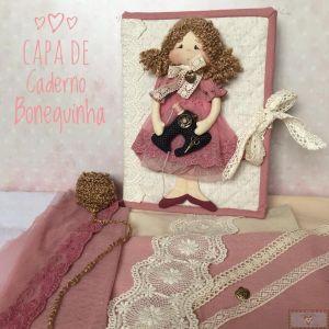 KIT DE MATERIAL CAPA DE CADERNO COM BONEQUINHA (SEM PROJETO)